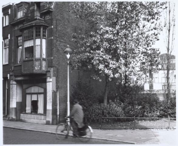 019926 - Pand aan de Industriestraat, thans Hart van Brabantlaan