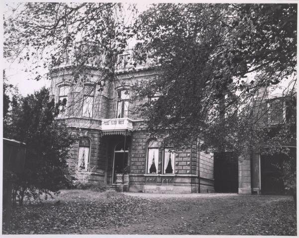 023261 - Textiel. Villa Armanda aan de St. Josephstraat, woonhuis van textielfabrikant Berghegge. Het pand staat sinds 1978 op de gemeentelijke monumentenlijst