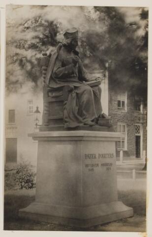 075474 - Onthulling standbeeld Pater Poirters (1926).  Onthulling door Jonkheer Van Sasse van IJsselt op 19 september 1926.