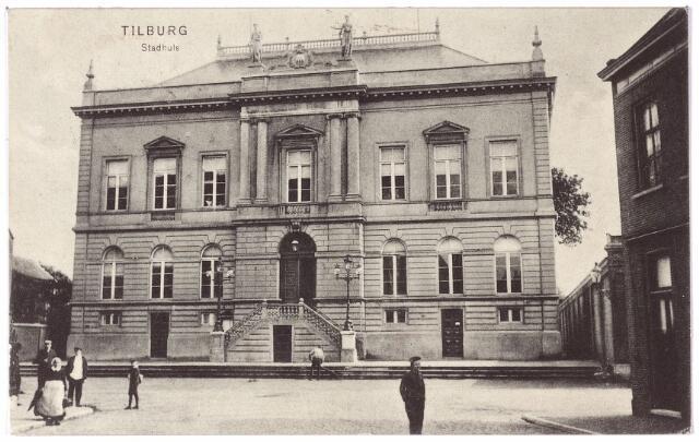002330 - Voormalig gemeentehuis aan de Markt, nu Stadhuisplein.