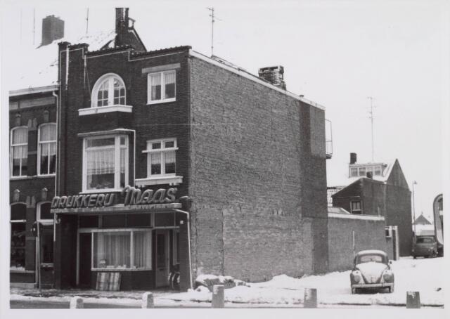 018231 - Pand van drukkerij Maas aan de Emmastraat halverwege januari 1968