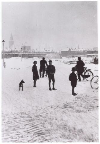 014391 - Armhoefstraat in aanbouw. Foto genomen vanuit de J.P. Coenstraat in de winter van 1933