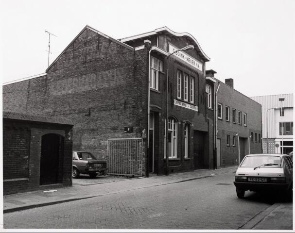 033729 - Verwarming en sanitair bedrijf G. Boink-Meijer BV aan de Utrechtsestraat 23 voorheen was hier gevestigd Max Moser Leder.
