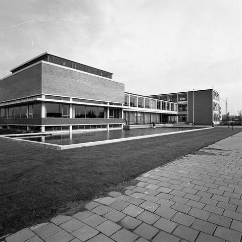 D18_4-cc55-001 - Nieuwbouw Theresialyceum, school voor HAVO en VWO
