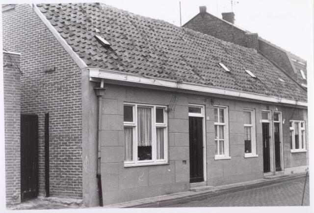017509 - Panden Diepenstraat 29 (rechts) en 31 (links) begin 1969