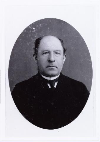 006722 - Portret. Henricus Bruijninckx, geboren te Ginneken 4 augustus 1888, overleden te Breda 11 oktober 1958.  Gehuwd met Maria van Puijenbroek. (zie ook reactie)