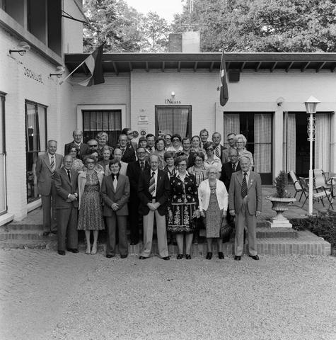 1237_012_989-2_001 - Viering van een jubileum van textiel firma Van Besouw b.v. bij restaurant Boschlust in Goirle in mei 1977.