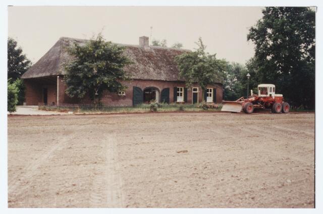 062417 - Asfaltering van de Akkerweg, thans Heikantsebaan
