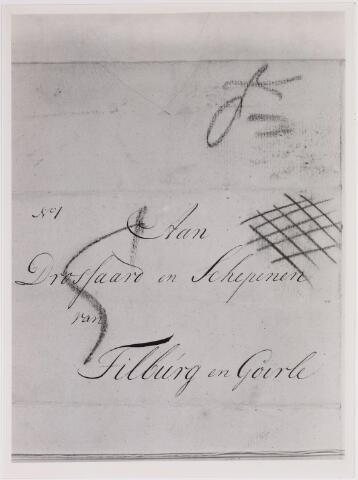 041619 - P.T.T., Postkantoor Tilburg, Telegraaf, postzegels, postbrieven. aangetekende brief 1801-mei-1. Brief van dordrecht naar tilburg met gekuiste diagonale rode krijtstrepen. deze krijtstrepen zijn door de bode aangebracht als aanduiding, dat de brief moest worden aangetekend. (R.A.T. inv. 1118/1)