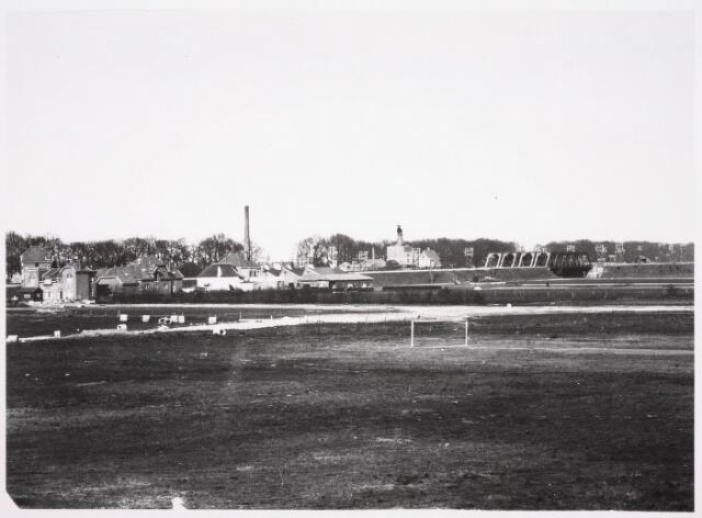 036327 - Panorama van Tilburg vanaf huidige Gerard van Swietenstraat