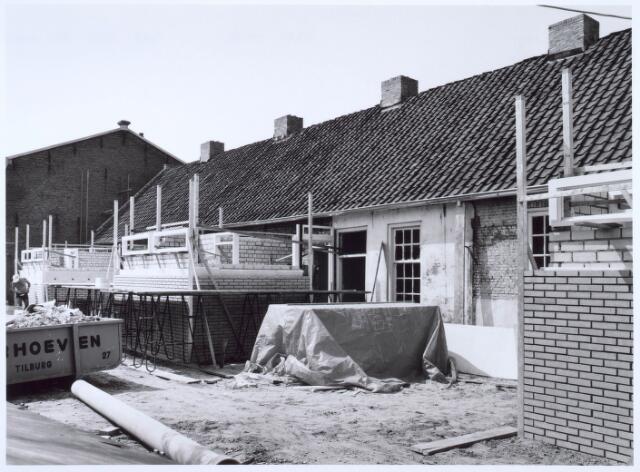 020451 - Restauratie van de wevershuisjes op de hoek Hasseltstraat - Van Hogendorpstraat.
