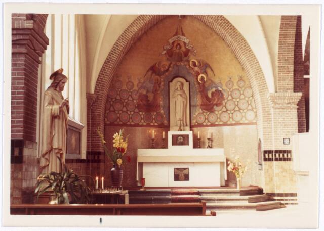 016568 - Zijaltaar in de kerk van de Heilige Familie, behorende tot de parochie Broekhoven II
