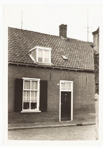028114 - Woning aan de Veldstraat 41, thans Pastoor van Beurdenstraat