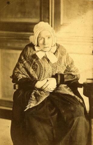 200508 - vermoedelijk Adriana Beerens geb. 06-04-1796 Tb. Zij was  gehuwd met Jan Baptist Vorselaars.