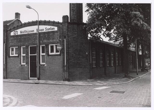 018183 - Bedrijfspand van de firma Matthijssen & Van Santen op de hoek Elzenstraat - St.-Ceciliastraat