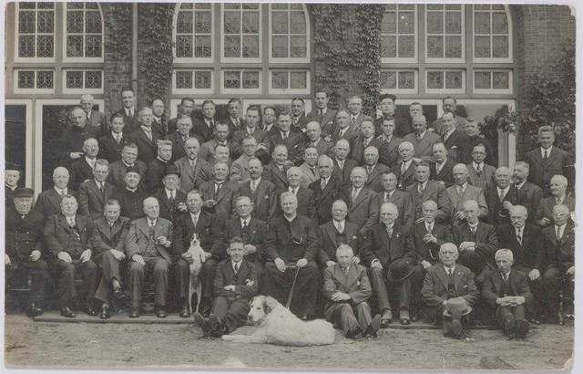 044824 - Retraite voor Tilburgse mannen in het retraitehuis Ignatius van Loyola te Vught.