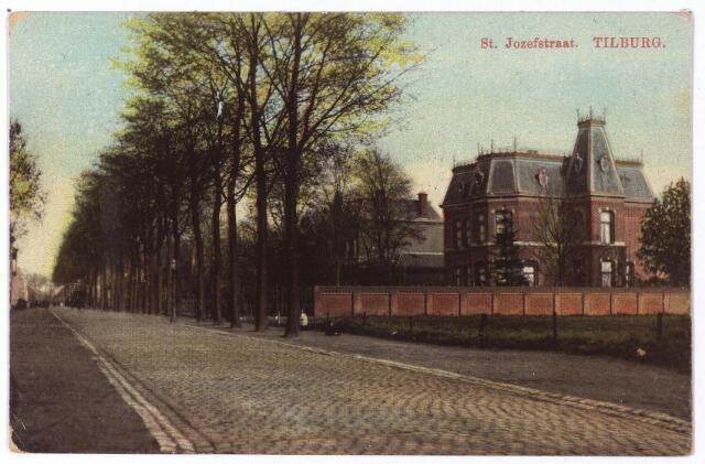 001331 - St. Josephtraat, rechts de villa van L.E. van den Bergh.
