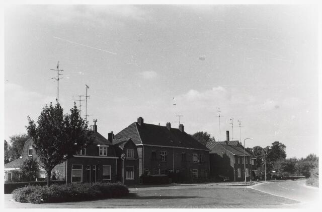 034085 - Kijkje in de Jac. van Vollenhovenstraat