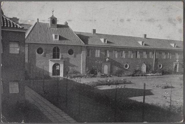 011295 - Binnentuin bejaardenpension St. Jozefzorg aan de Ringbaan-Zuid.