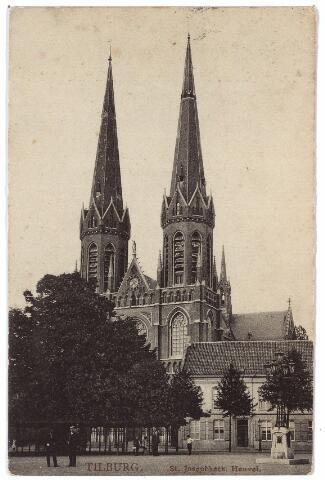 000912 - Heuvel met lindeboom, kerk van St. Jozef, pastorie en lantaarn geplaatst in 1902 ter herinnering aan burgemeester Jansen..