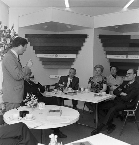 1237_012_992_004 - Viering van een jubileum van textiel firma Van Besouw b.v. bij restaurant Boschlust in Goirle in mei 1973.