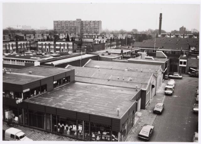 035190 - Bovenaanzicht van de bedrijfspanden aan de Willem Molengraaffstraat