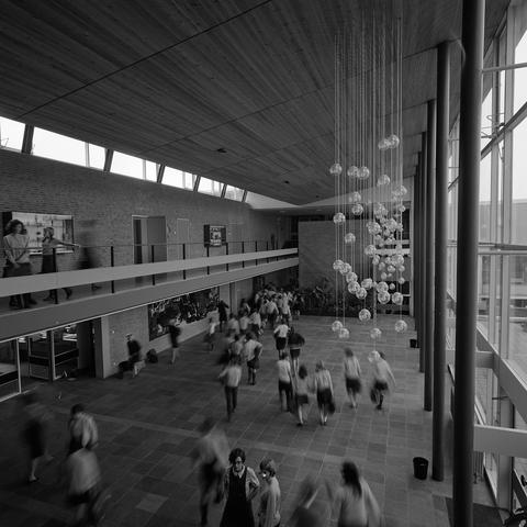 D18_4-cc55-010 - Nieuwbouw Theresialyceum, school voor HAVO en VWO