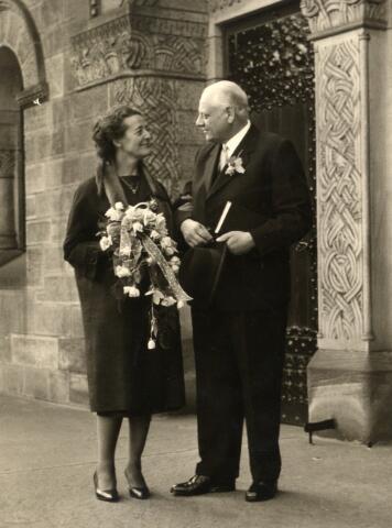 650379 - Schmidlin. Karel Schmidlin emigreerde in 1946 met zijn gezin naar Zwitserland. Niet lang daarna werd hij weduwnaar. In de jaren '50 hertrouwde hij in Basel.