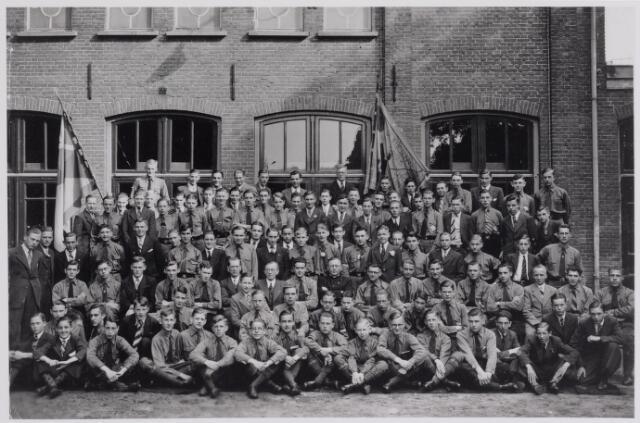 040957 - Vakbeweging. De Katholieke Jonge Werkman in de jaren dertig.