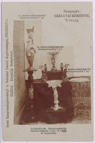 043571 - Prijzen te winnen op de eerste kampioenskegelwedstrijd in Nederland, georganiseerd door Sociëteit Kegelvereniging Strijdlust in Tilburg t.g.v. haar 15 jarig bestaan in maart 1908. In 1897 was Albert van Beurden koning van deze kegelclub.
