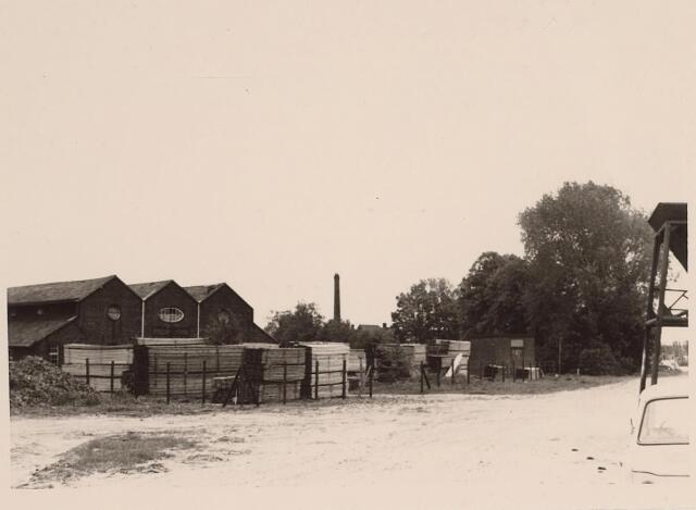 026037 - Steenfabriek Stevens aan de Lovense Kanaaldijk, gelegen nabij de Enschotsestraat, eind mei 1967