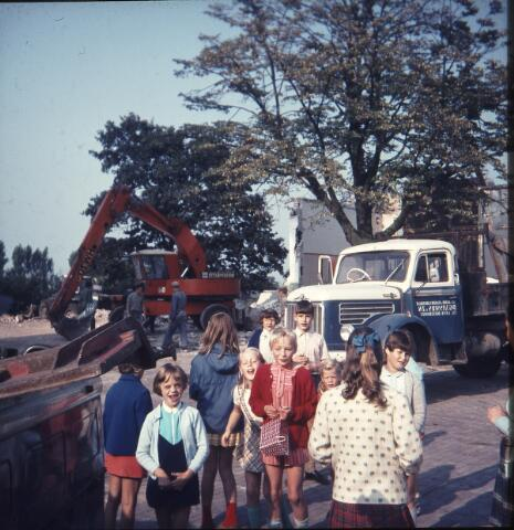 650133 - Gerardus Majellaschool, Hulten. Sloop van het oude schoolgebouw.