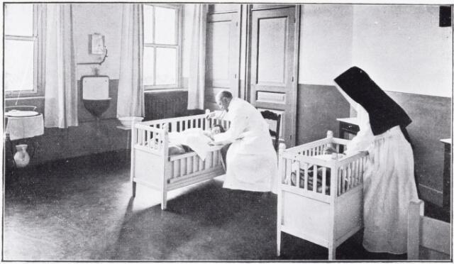 051087 - Jeugdzorg. Gezondheidszorg. Ziekenzaal van het St.Jozefhuis-St.Anna.