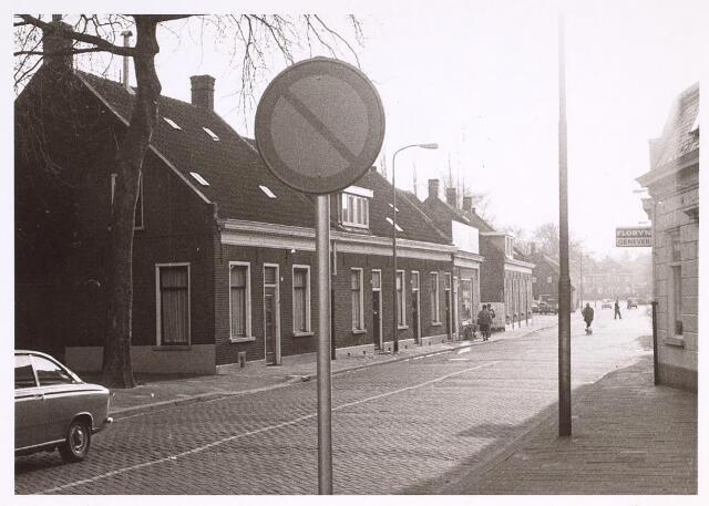 024992 - Laarstraat gezien vanaf het Korvelplein