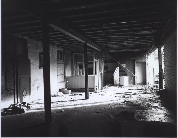 025515 - Interieur van de voormalige wijnhandel Verbunt aan de Langestraat ten tijde van de sloop begin 1978