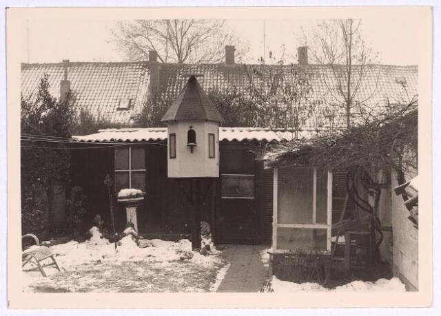 025083 - Achterzijde van het pand Lange Nieuwstraat 50 eind 1969