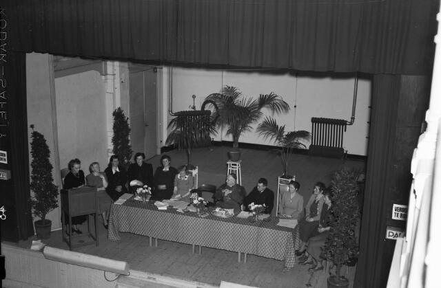 050715 - Vergadering Katholieke Arbeiders Vrouwenbeweging  K.A.V. Tilburg