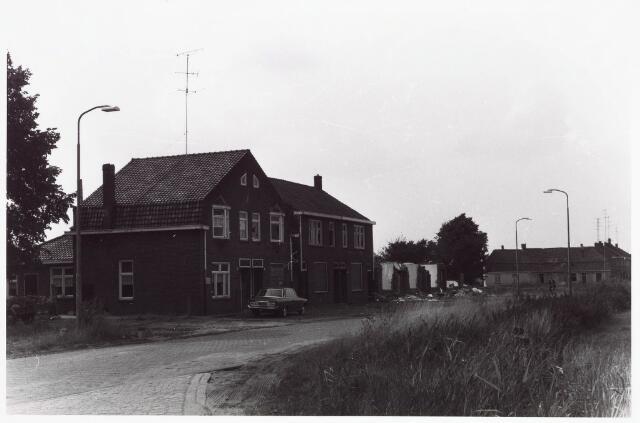 034067 - Panden aan de Jac. van Vollenhovenstraat, voorheen Heikantsebaan