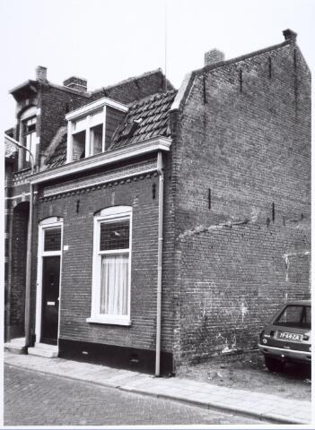 017124 - Pand Capucijnenstraat 127 anno 1979