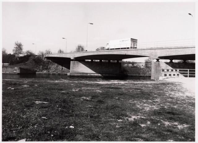 034788 - Wilhelminakanaal ter hoogte van de brug aan de Dongenseweg