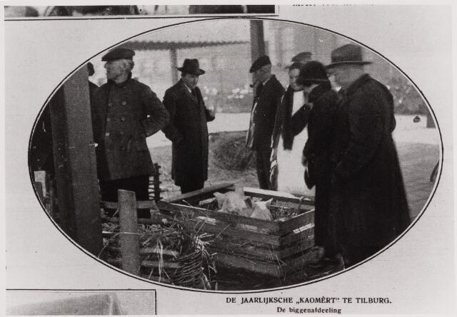 040764 - De veemarkt op het Gemeentelijk slachthuis (abattoir)   Enschotsestraat/Wilhelminakanaal. (geopend op 3 oktober 1927)   Reproductie uit Brabantse Illustratie