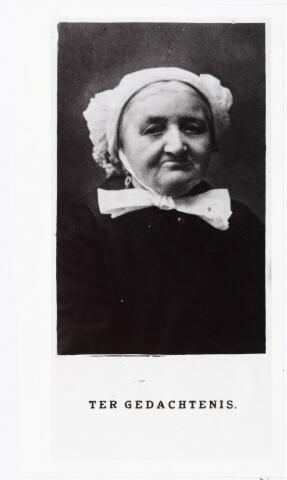 007932 - Johanna Maria Diepens, weduwe van Adrianus van Son geb. Middelbeers 12-10-1854, overleden te Tilburg 29-9-1929.