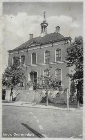 91807 - Made en Drimmelen. Afbeelding van het gemeentehuis in Made.