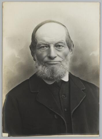 068495 - Joannes Bernardus Maes, wever, geboren te Tilburg op 19 april 1832 als zoon van Johannes Maes en Adriana van Loon. Hij trouwde op 5 juli 1860 met Adriana Cornelia van der Aa
