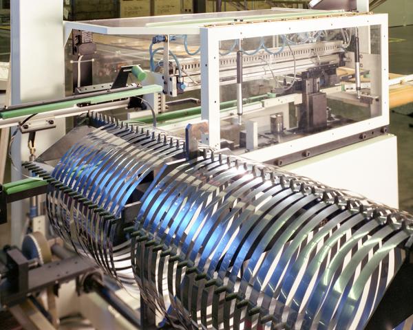 D-000162-3 - Van Doorne's Transmissie, thans Bosch Transmission Technology, aan de Dr. Hub. van Doorneweg, 1988-1991.