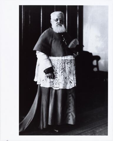 006396 - Mgr. Joannes Cornelis Christianus Aelen geboren Tilburg 25 december 1853, overleden Madras 11 februari 1929, lid van de congregatie van Mill Hill, aartsbisschop van Madras, India.
