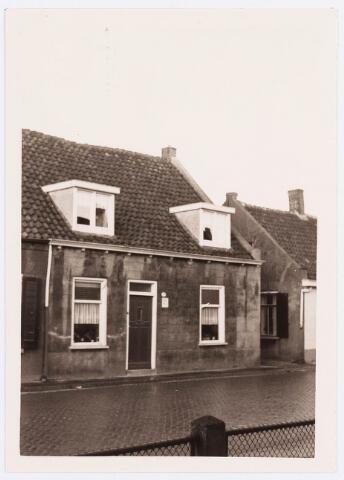 034437 - Lijnsheike 153; thans heet dit deel van de straat Von Weberstraat. De meeste huizen aan het Lijnsheike zijn inmiddels gesloopt.