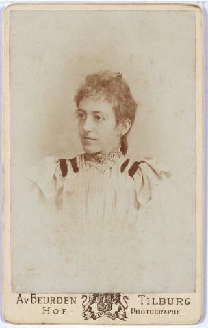 011401 - Caroline Maria Wilhelmina BOGAERS, geboren Tilburg  25 december 1872, aldaar overleden op 11 september 1912. Zie ook foto nr. 11396