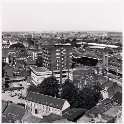 036599 - Panorama van Tilburg vanaf de P.T.T. Toren