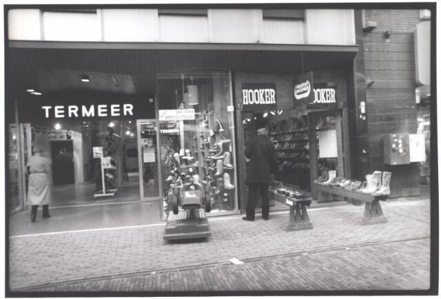 022004 - Schoenhandel Termeer, een van de oudste zaken in de Heuvelstraat